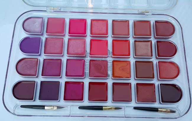 http://www.smskade.ir/wp-content/uploads/2016/02/buy-lipstick-9.jpg